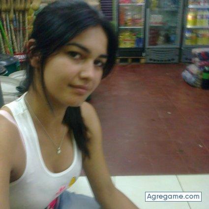 Chica argentina de 19 antildeos me manda su pack por whatsapp completo aqui httptmearncomqk51mq - 1 3