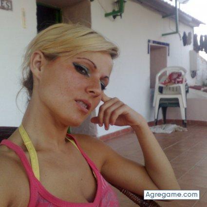 Mujer soltera de m laga 32 a os busco chicos y chicas para for Contactos chicas malaga